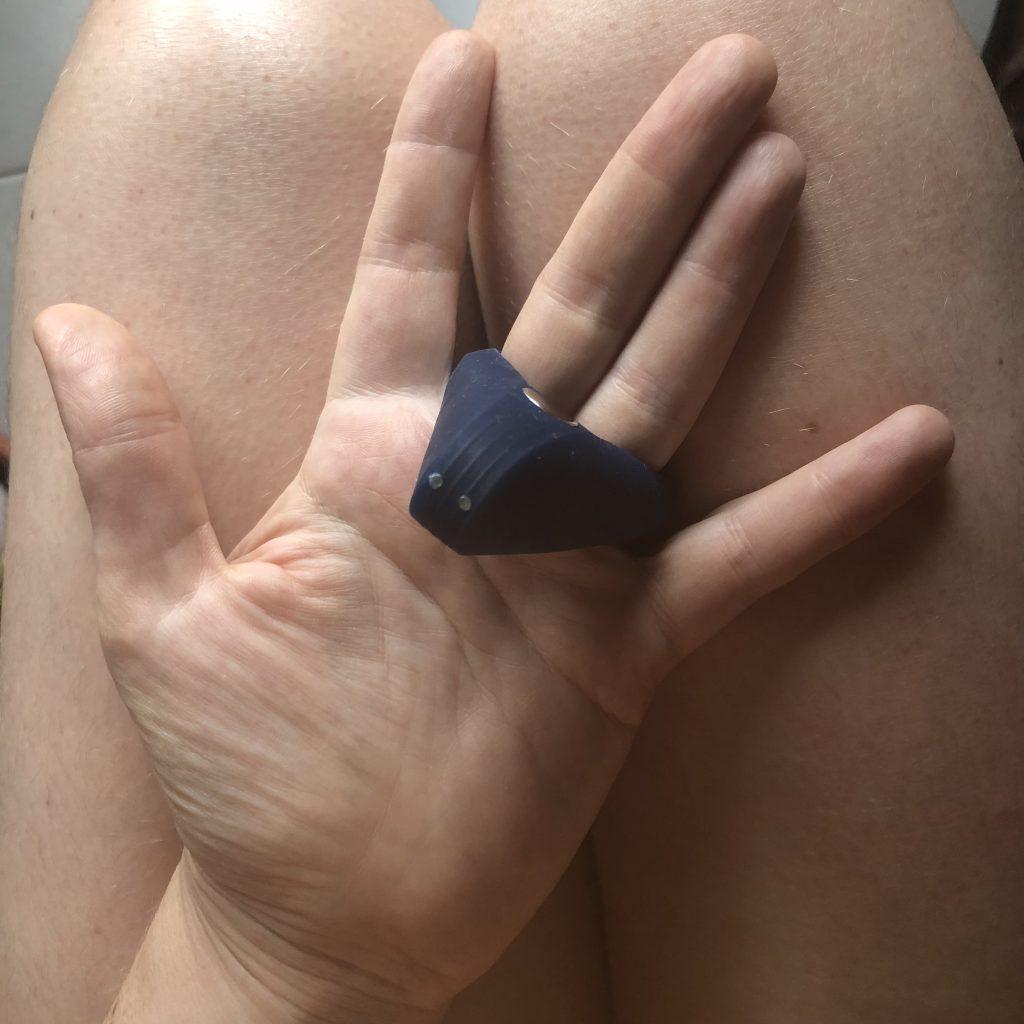 vibrating cock ring, g spot, g-spot, g-spot stimulator, g spot stimulator, g spot stimulation, g-spot stimulation, g-spot vibrator, rabbit vibrator, stimulate your g-spot, vagina, vagina stimulator, women