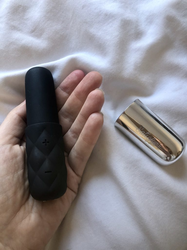 Clitoral Stimulators, Rechargeable, Satisfyer Sex Toy Reviews, Vibrators, satisfyer mini, Sparkling Darling, female orgasm, orgasmic lifestyle, venus o'hara