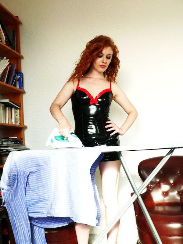 ironing Venus o'hara