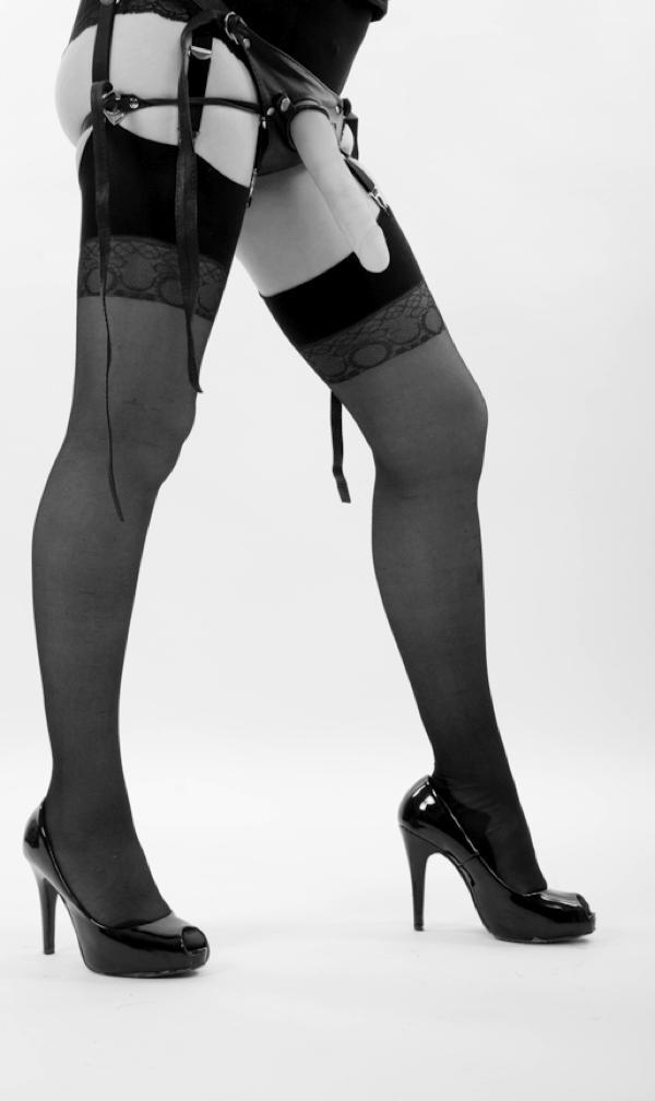 Strap-on Venus O'Hara by Lourdes Ribas-0014
